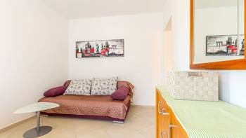 One bedroom apartment in Banjole with WiFi and private terrace, 7