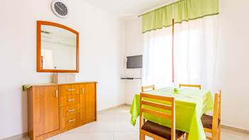 One bedroom apartment in Banjole with WiFi and private terrace, 8