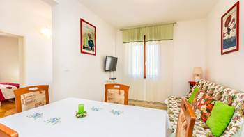 Pleasant apartment in Banjole with 2 bedrooms, SAT-TV, barbecue, 9