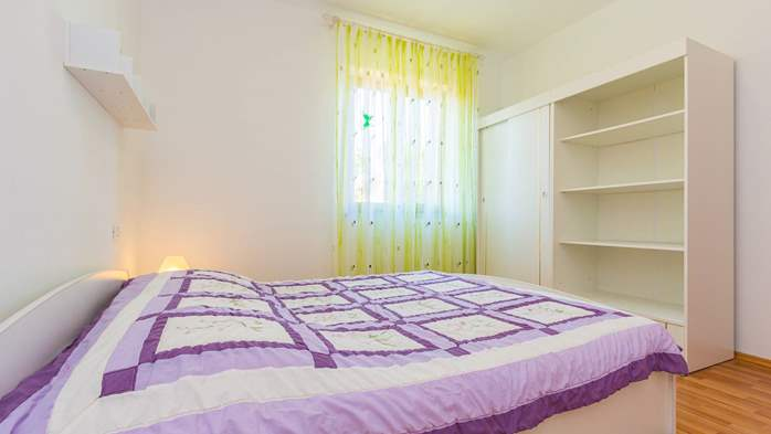 Nice apartment for 2-4 persons with terrace, parking, free WiFi, 5