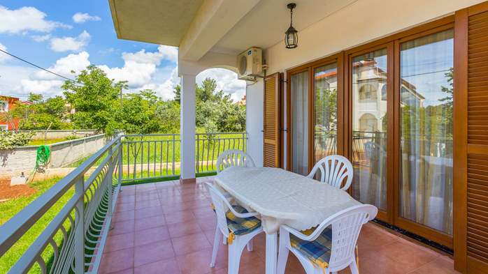Nice apartment for 2-4 persons with terrace, parking, free WiFi, 12