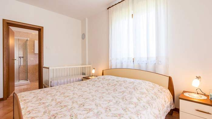 Studio apartment for 2-3 persons with nice interior and terrace, 6