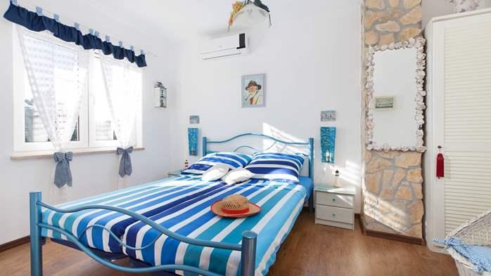 Charming apartment for two, Mediterranean spirit, pool, WiFi, 1