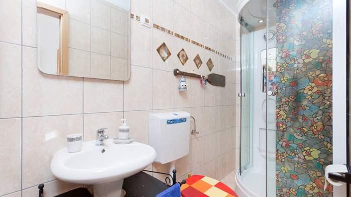 Charming apartment for two, Mediterranean spirit, pool, WiFi, 9