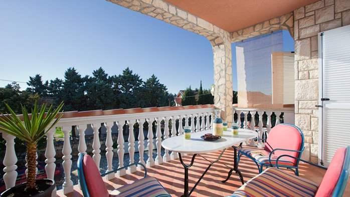 Charming apartment for two, Mediterranean spirit, pool, WiFi, 10