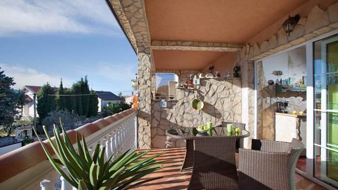 Antique studio apartment, pool with sea water, balcony, WiFi, 6