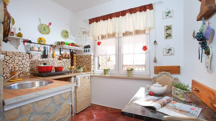 Cosy little modern-rustic apartment close to beach with pool, 2