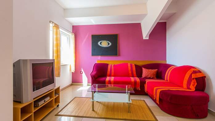An intimate ambience for two persons with covered balcony, WiFi, 1