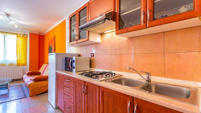 Apartment Orion with two colorful bedrooms and a private terrace, 5