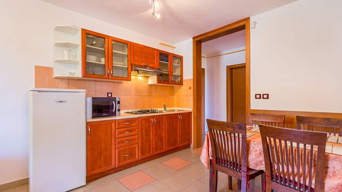 Apartment Orion with two colorful bedrooms and a private terrace, 6
