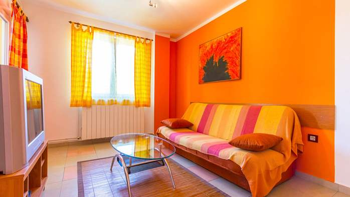 Apartment Orion with two colorful bedrooms and a private terrace, 9