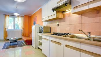 Apartment Orion with two colorful bedrooms and a private terrace, 3