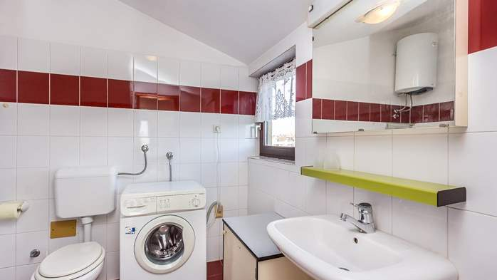 Small apartment on 2nd floor with private balcony for 3 persons, 7