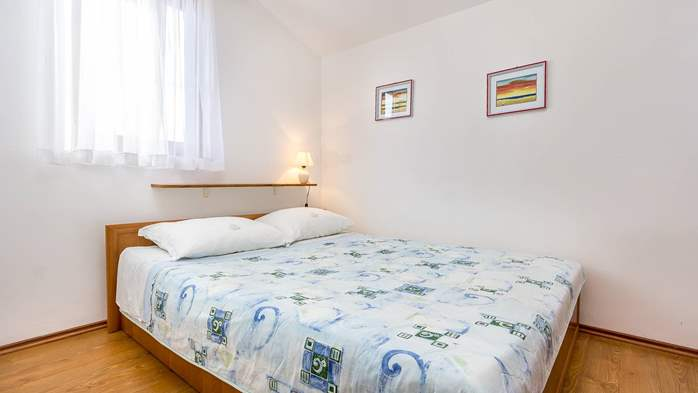 Small apartment on 2nd floor with private balcony for 3 persons, 10