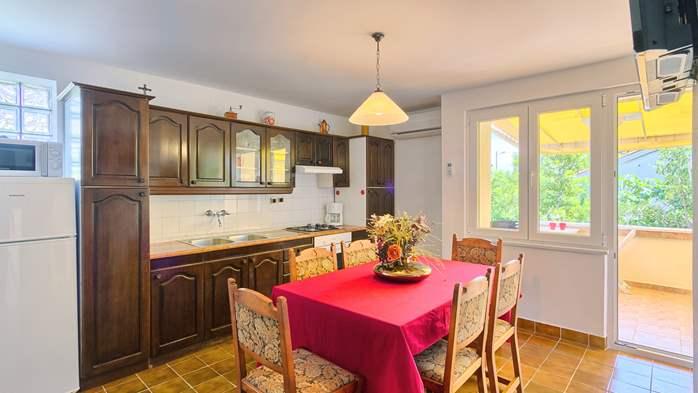 Charming holiday home in Premantura, 3 bedrooms, garden, Wi-Fi, 17