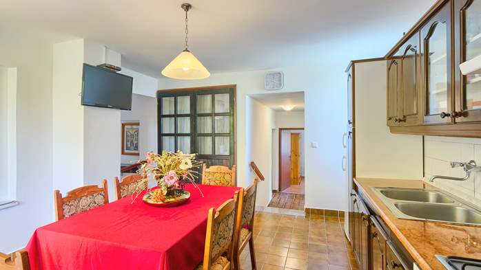 Charming holiday home in Premantura, 3 bedrooms, garden, Wi-Fi, 18