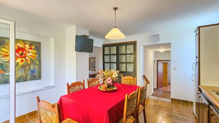 Charming holiday home in Premantura, 3 bedrooms, garden, Wi-Fi, 20