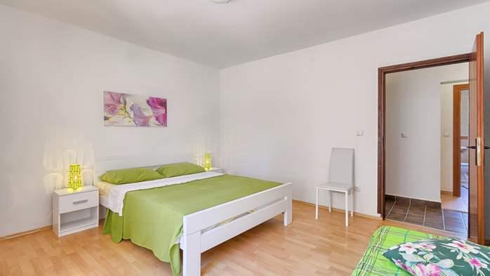 Charming holiday home in Premantura, 3 bedrooms, garden, Wi-Fi, 27
