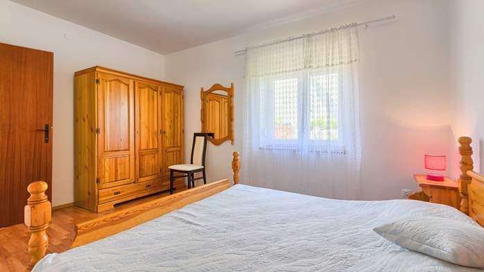 Charming holiday home in Premantura, 3 bedrooms, garden, Wi-Fi, 34