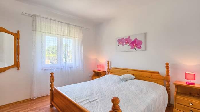 Charming holiday home in Premantura, 3 bedrooms, garden, Wi-Fi, 37