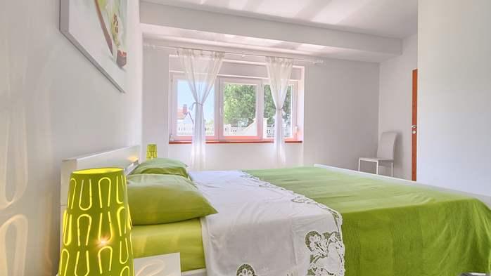 Charming holiday home in Premantura, 3 bedrooms, garden, Wi-Fi, 43
