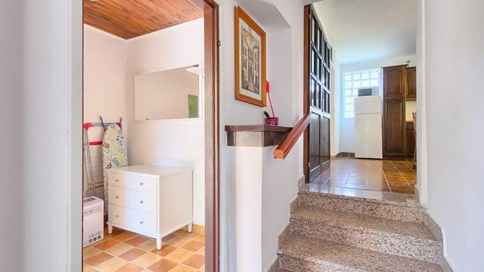 Charming holiday home in Premantura, 3 bedrooms, garden, Wi-Fi, 45