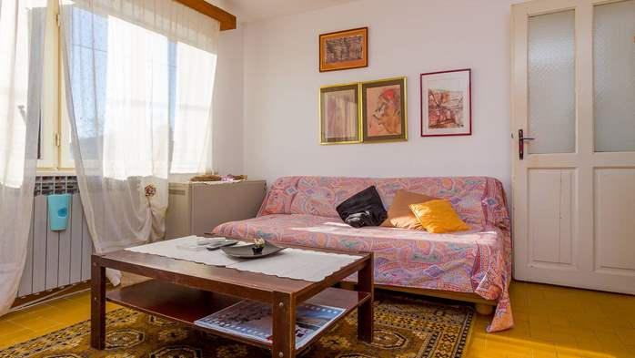 Nice retro apartment for 4 persons, with SAT-TV and air condition, 1