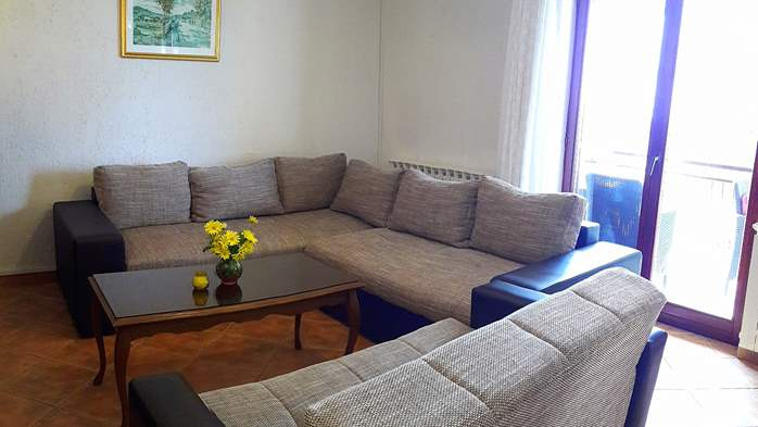 Air conditioned apartment in Gajana, with big covered balcony, 3