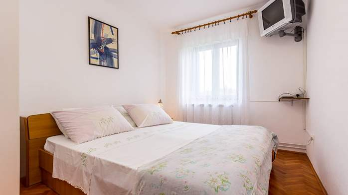 Air conditioned apartment in Gajana, with big covered balcony, 7