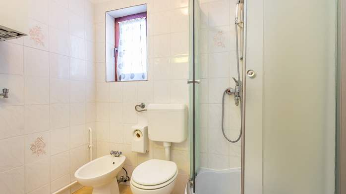 Air conditioned apartment in Gajana, with big covered balcony, 10
