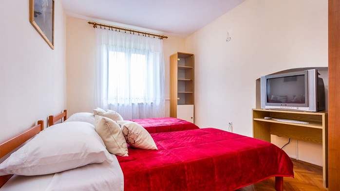 Air conditioned apartment in Gajana, with big covered balcony, 9