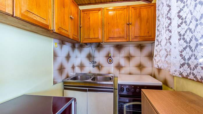 Spacious apartment on two floors for 10-12 persons, 5 bedrooms, 15