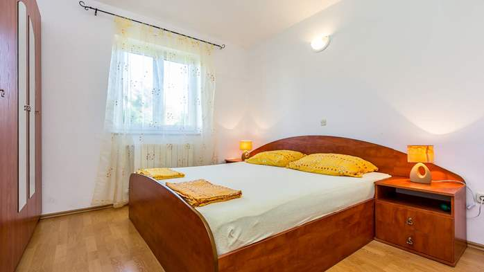 Apartment for two in Ližnjan with a beautiful garden, WiFi, 7