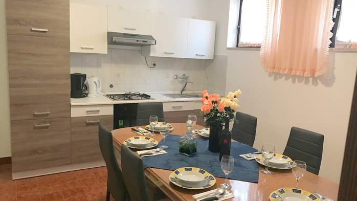 Apartment in Banjole with shared outdoor pool and free WiFi, 5