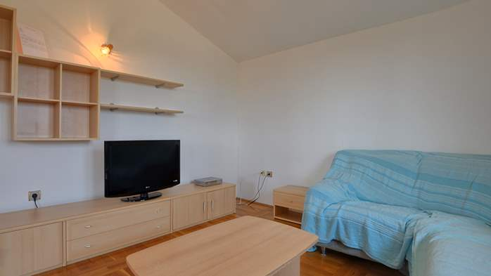 Spacious apartment for 10 persons on two floors in Medulin, 1