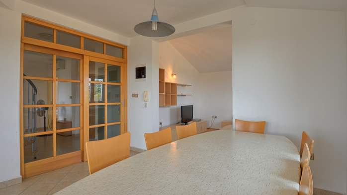 Spacious apartment for 10 persons on two floors in Medulin, 6