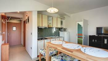 Family apartment with outdoor pool and two bedrooms, observatory, 1