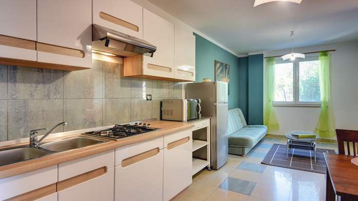Nice, comfortable two-bedroom apartment for 4 persons, playground, 4