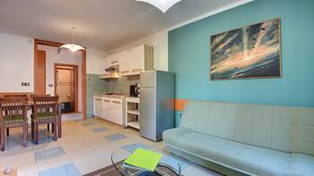 Nice, comfortable two-bedroom apartment for 4 persons, playground, 6