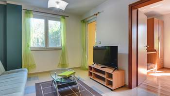 Nice, comfortable two-bedroom apartment for 4 persons, playground, 7