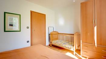 Nice, comfortable two-bedroom apartment for 4 persons, playground, 10