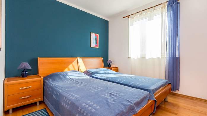 Nice apartment for 4 persons with terrace, gym and playground, 5
