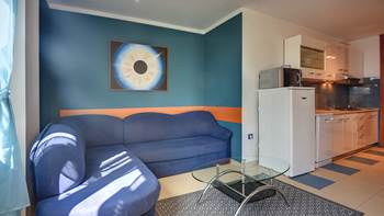 Nice apartment for 4 persons with terrace, gym and playground, 8
