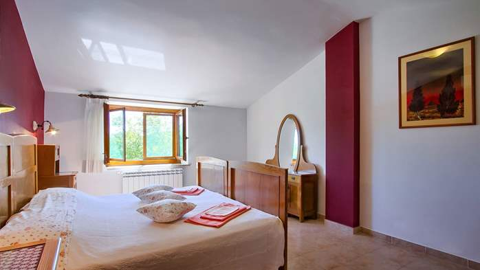 Villa with pool, terrace and playground for kids, close to Labin, 32