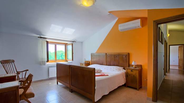 Villa with pool, terrace and playground for kids, close to Labin, 21
