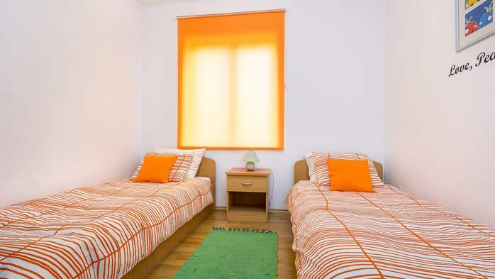 Nice, colorful apartment for 4 persons with two bedrooms, WiFi, 6