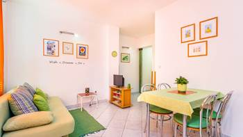 Nice, colorful apartment for 5 persons with two bedrooms, WiFi, 3