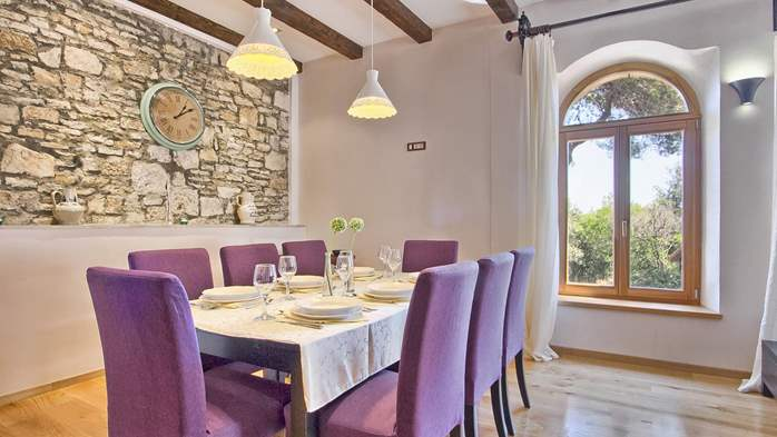 Villa in Pula, only 150m from the beach, for 6 persons, 39