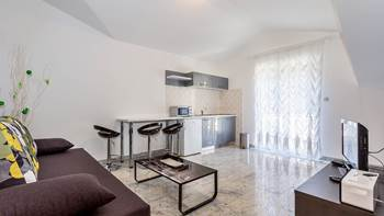 Nicely decorated apartment for 5 persons with balcony, WiFi, 1