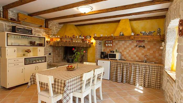 Rustic villa with two bedrooms, private pool, WiFi, BBQ, 19